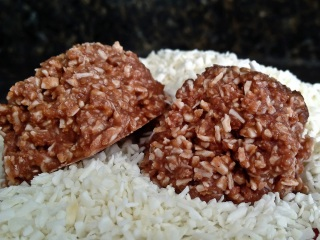 photo: low carb chocolate coconut cluster